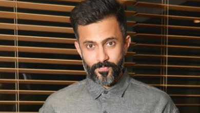 Photo of Anand Ahuja Biography, Age, Marriage & Net Worth